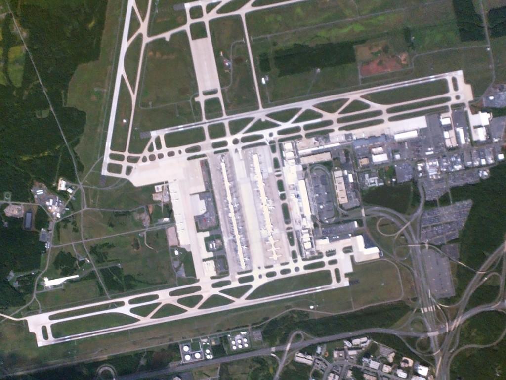 gallery_dulles-international-airport (1)