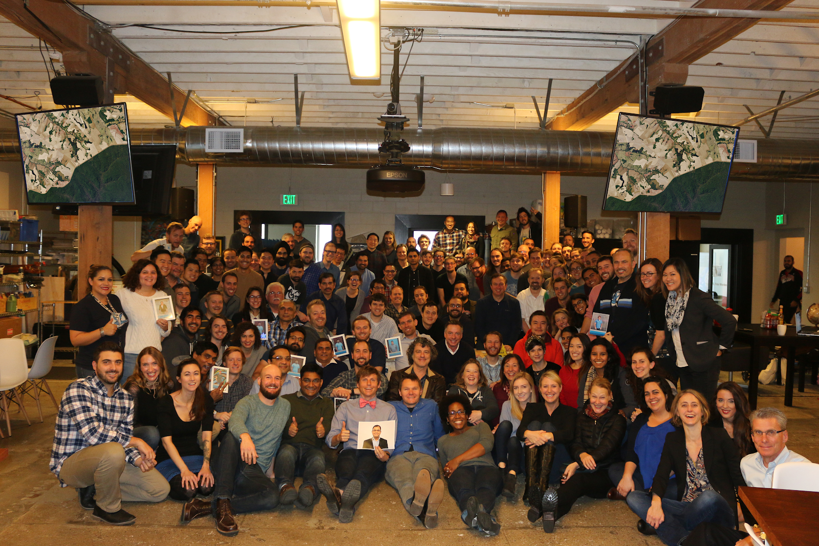 Planeteers bid farewell to Flock 3p on shipment day. © 2020, Planet Labs Inc. All Rights Reserved.