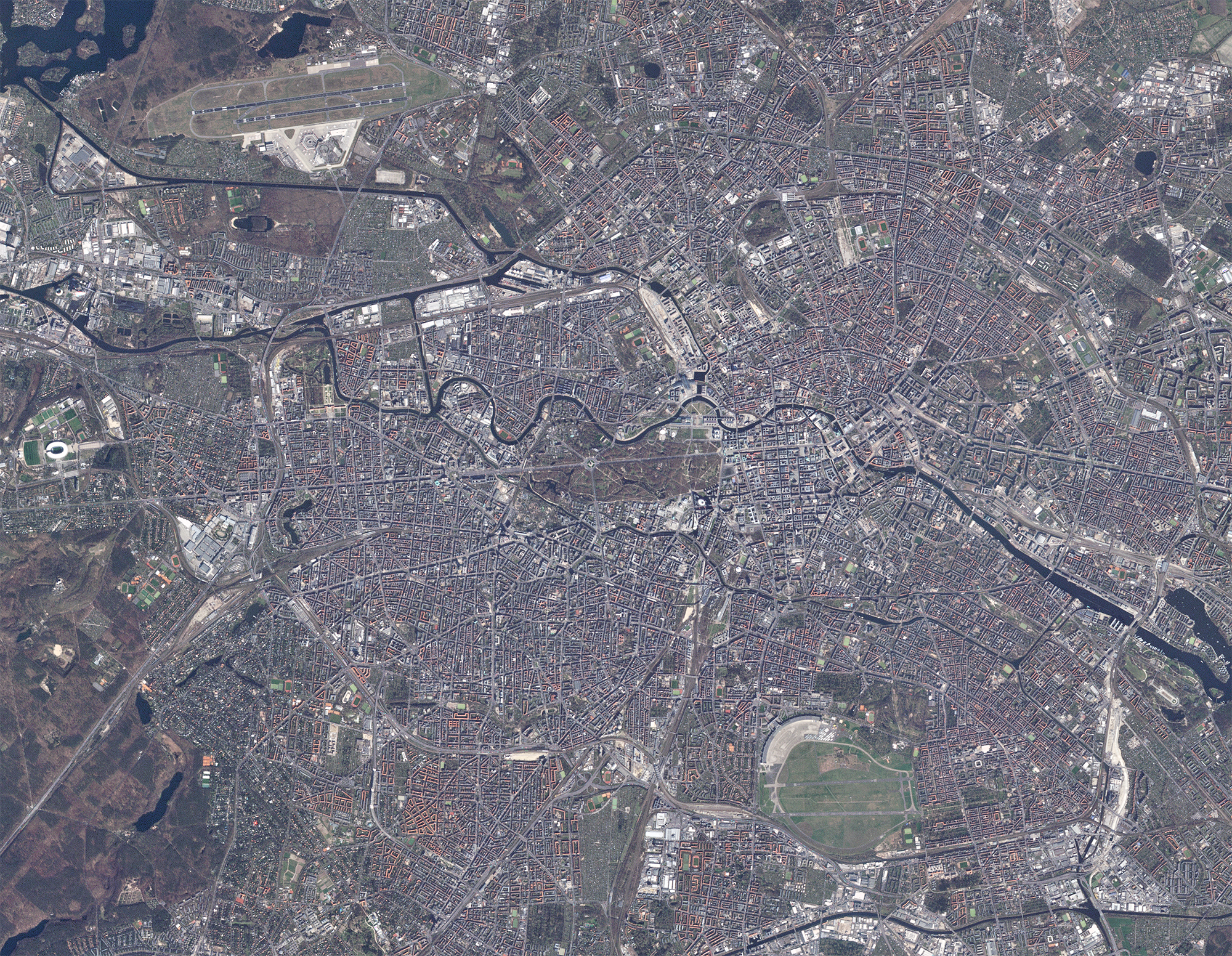 RapidEye last light image of Berlin, Germany. © 2020, Planet Labs Inc. All Rights Reserved.
