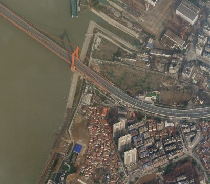 Planet imagery of the empty Yingwuzhou Yangtze River Bridge on January 28, 2020 during the COVID-19 lockdown in Wuhan, China. © 2020, Planet Labs Inc. All Rights Reserved.