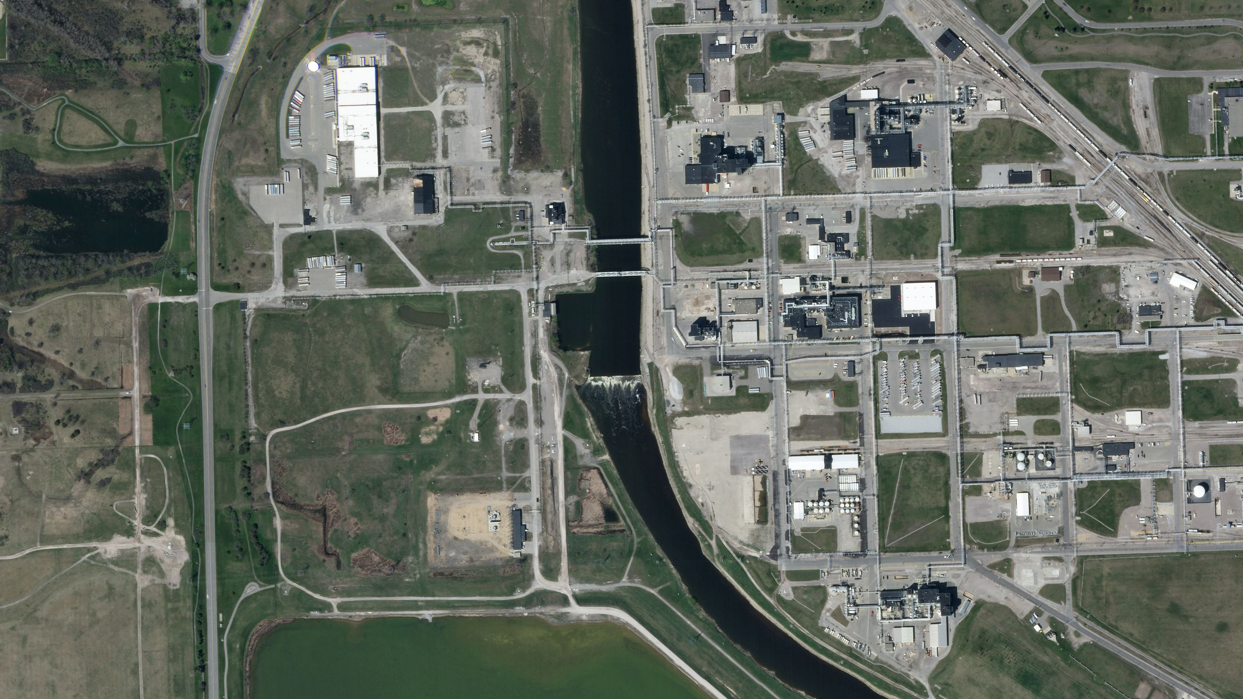 Before the flooding in Midland, Michigan on May 13, 2020 © 2020, Planet Labs Inc. All Rights Reserved.