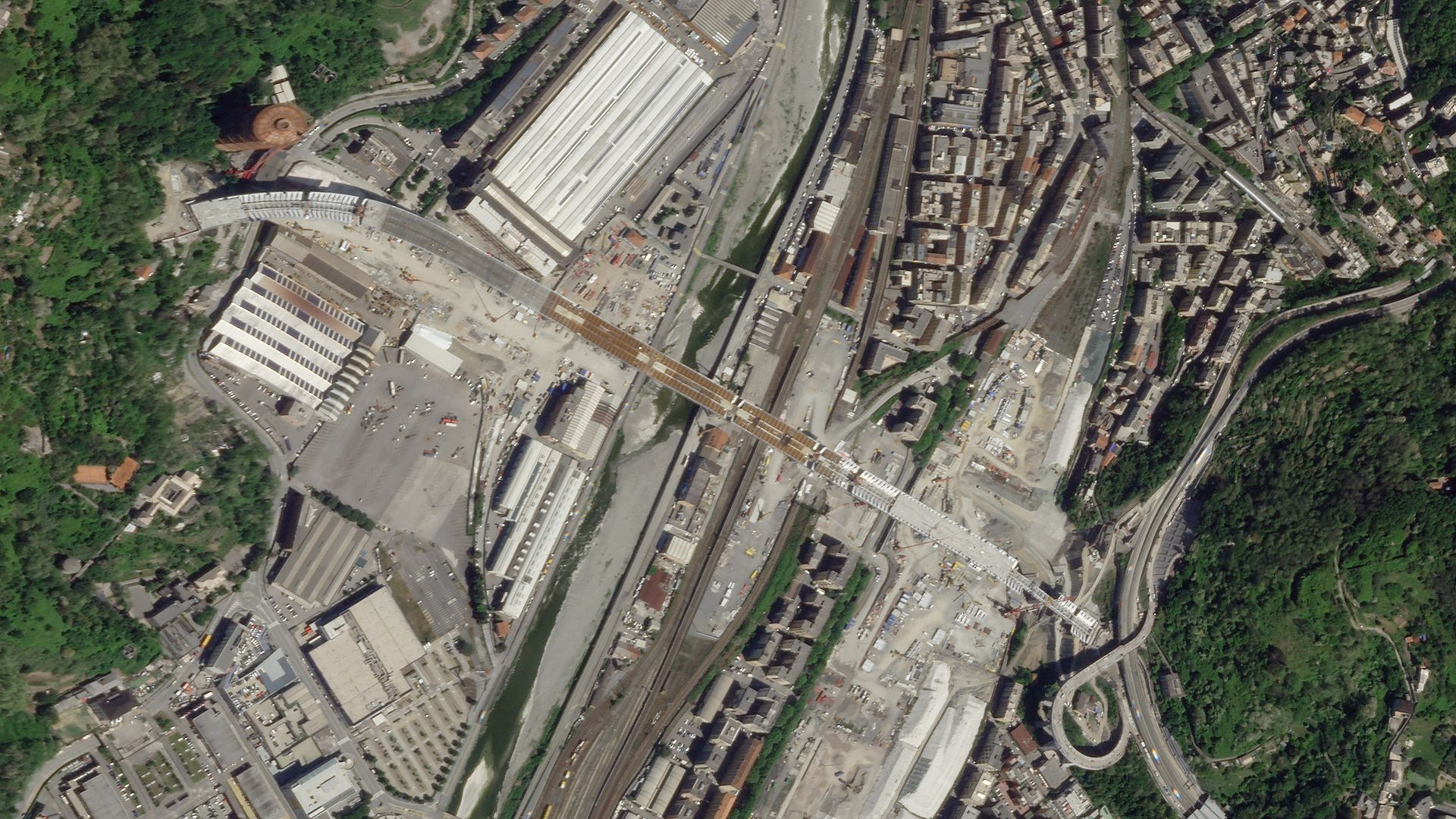 SkySat image of Genoa, Italy on May 4, 2020 © 2020, Planet Labs Inc. All Rights Reserved.